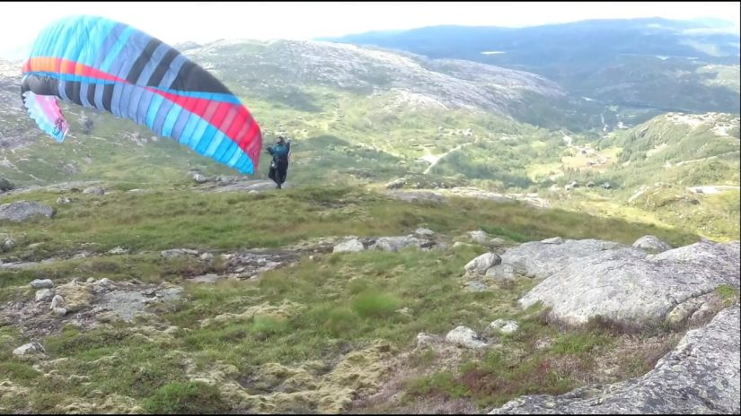 Paragliding from Suleskard to Golfen Sirdal August 3 2019.